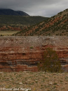 Here's a picture from the Dryhead to give people an idea of the different colors in the rock.